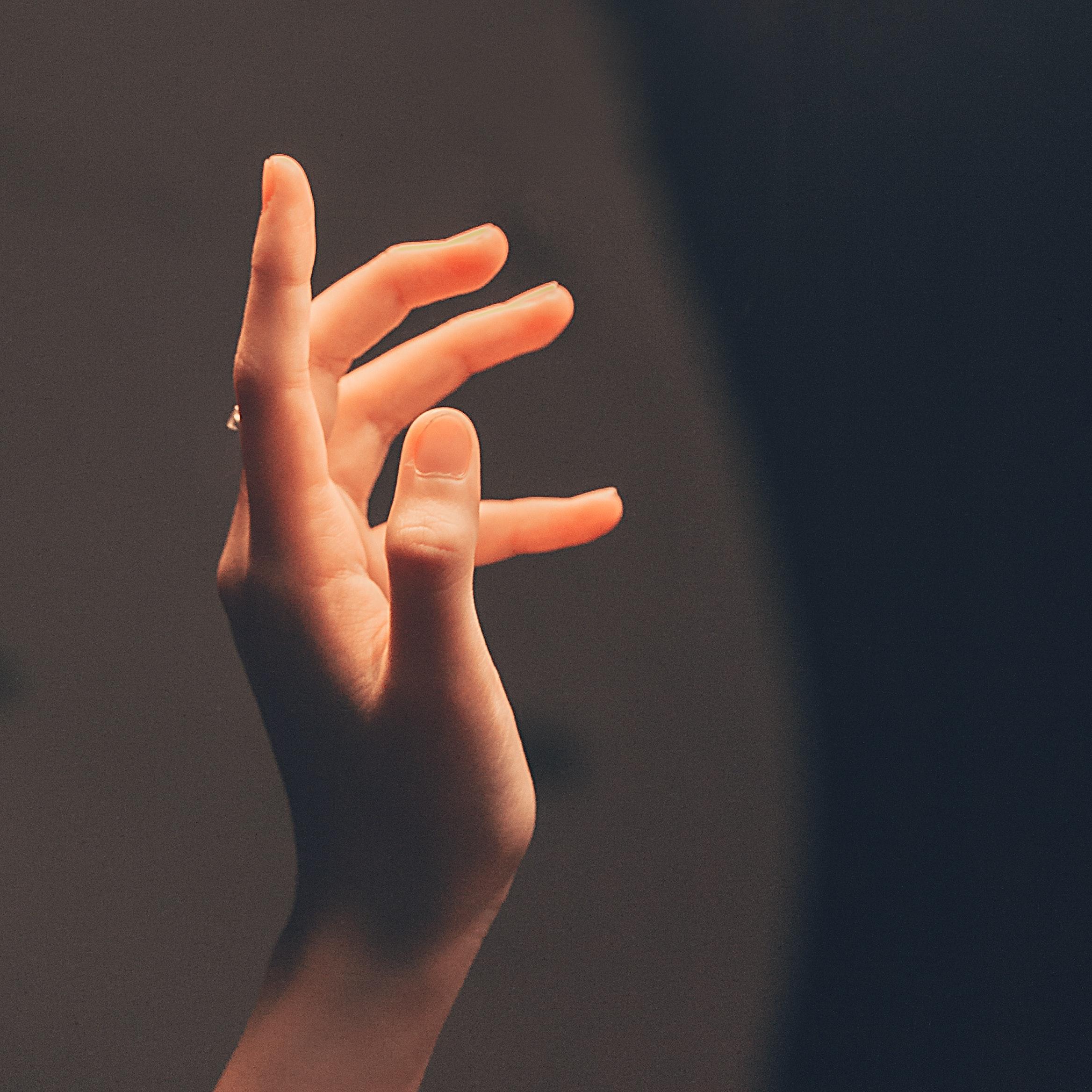 trigger finger symptoms